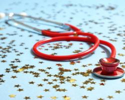 Krankenkassen Zusatzbeitrag 2015: Preis-Leistungs-Verhältnis abwägen