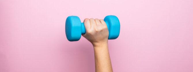 Mit den richtigen Sportgeräten im Homeoffice fit bleiben